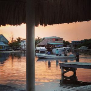 chatear con belice expatriado belice blog de viajes abogado de bienes raíces abogado de bienes raíces
